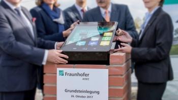 designmodellbau-fraunhofer-grundstein-schlagheck-design