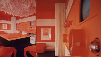 1968-1971-weltraum-design-look-internationale-moebelmesse-koeln-schlagheck-schultes-design-3